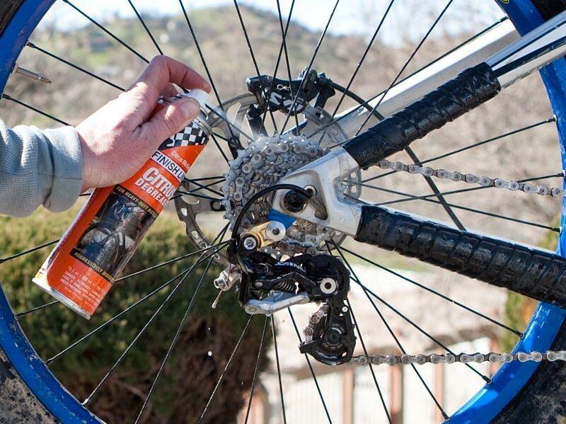 manutenção da correia da bicicleta