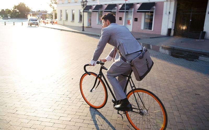 ir para o trabalho de bike